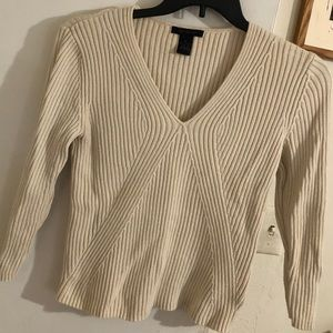 The limited size M Sweater cream color, 💯 Cotton